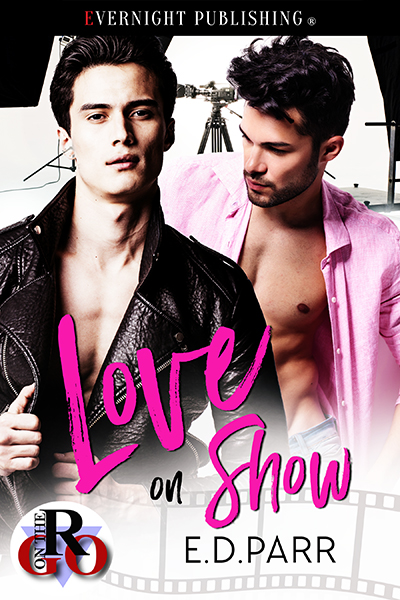 Love on Show-smallpreview.jpg